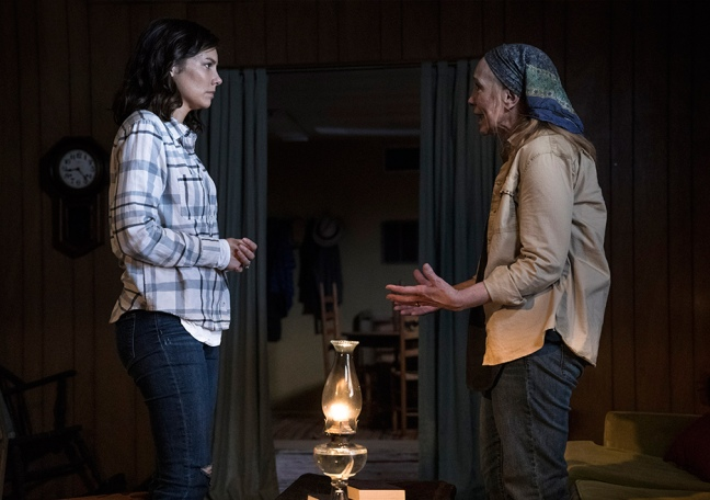 the-walking-dead-episode-901-maggie-cohan-935