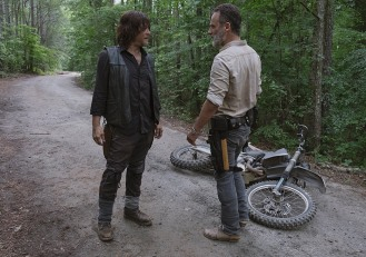 the-walking-dead-episode-904-rick-lincoln-3-935