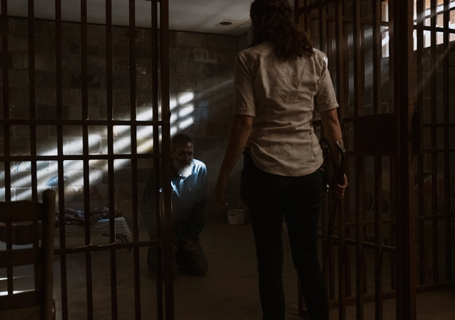 the-walking-dead-episode-905-maggie-cohan-935
