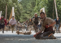 the-walking-dead-episode-905-rick-lincoln-3-935