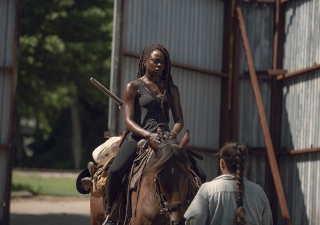 the-walking-dead-episode-906-michonne-gurira-935