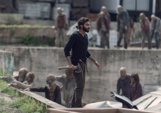 the-walking-dead-episode-907-siddiq-nash-935