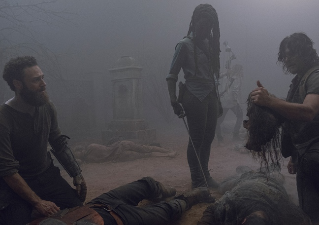 the-walking-dead-episode-908-michonne-gurira-935